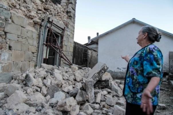 I crolli dovuti al terremoto in Lunigiana