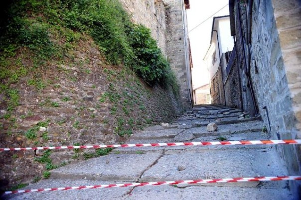 Aumentano i danni del terremoto in Lunigiana e Garfagnana