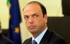 Roma, Giubileo: assunzione di 2.500 nuovi agenti per la sicurezza. E istituzione, dal 17 novembre 2015,  del numero unico per l'emergenza: i...