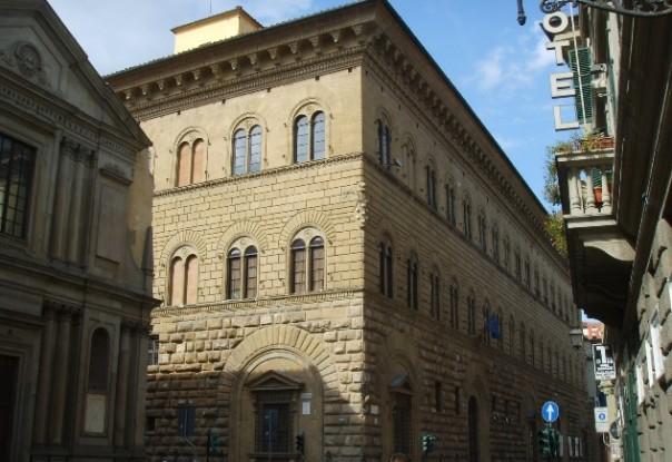 Il palazzo della Prefettura di Firenze