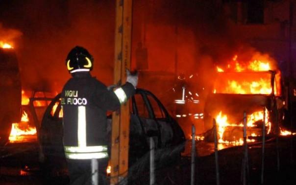 Una delle terribili immagini della sera del 29 giugno 2009 a Viareggio