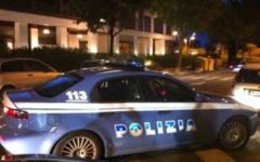Nasconde benzina rubata, ma i poliziotti sentono l'odore e lo denunciano