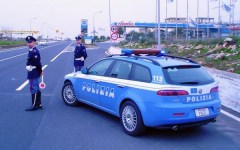 Massa, autostrada A12: la Polstrada di Lucca scopre un carico di droga: arrestato un pusher
