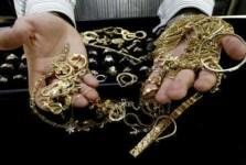 Colpo in compro oro in Versilia