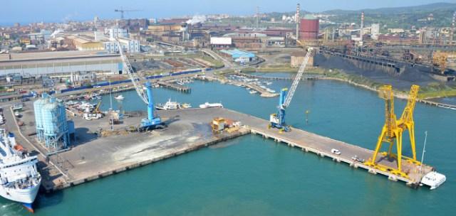 L'area industriale del porto di Piombino