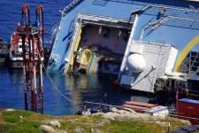 L'Arpat controllerà l'inquinamento delle acque durante l'operazione di rotazione della nave