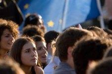 Gli adolescenti toscani econo meno la sera dop cena rispetto ai loro coetani nazionali