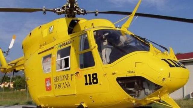 Il bimbo è stato trasferito al Meyer con l'elicottero Pegaso