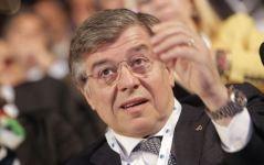 Il ministro Zanonato all'AnsaldoBreda di Pistoia ha parlato anche della Lucchini