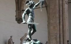 Firenze, manutenzione straordinaria per la statua del Perseo di Cellini
