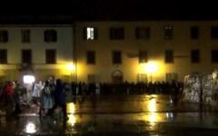 Pisa, «Normalisti» alla guerra dei gavettoni