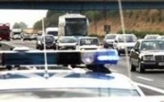 Incidenti stradali: camion si ribalta, chiusa la Porrettana