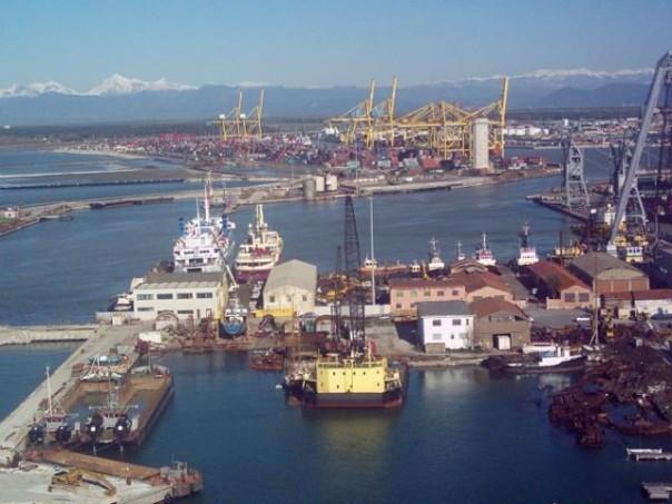 40 milioni di investimenti per il porto di Livorno