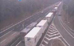 Incidente fra Tir sull' A1 fra Arezzo e Valdarno: un morto e un ferito. Autostrada chiusa oltre due ore