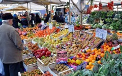Crolla il prezzo della frutta