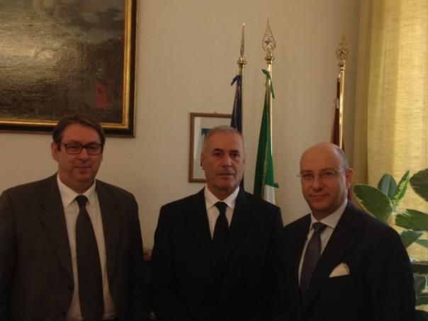 Il Questore Micillo ed il presidente di Confcommercio De Ria