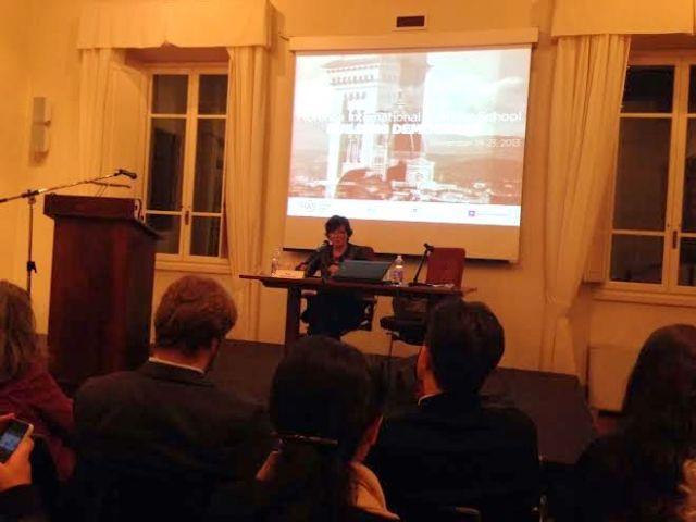 Il ministro Carrozza in cattedra (foto ufficio stampa Autumn School)