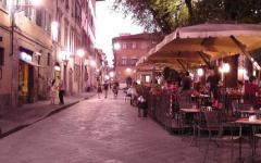 Firenze, «polveriera» Santo Spirito: il prefetto convoca le associazioni dei commercianti e i minimarket