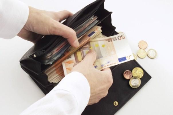 Cala causa crisi la ricchezza delle famiglie italiane