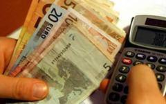 Economia, Contrordine: il limite dei pagamenti in contanti risale da 1.000 a 3.000 euro