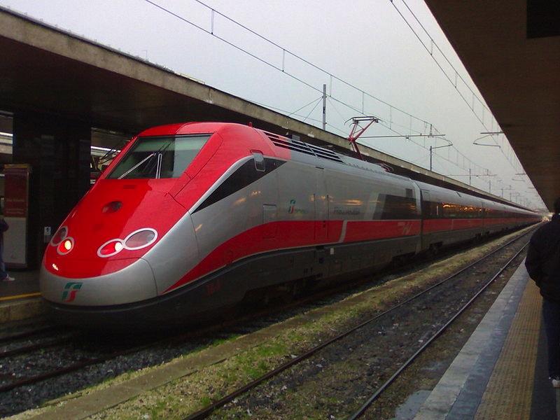 Il treno Frecciarossa potrebbe collegare Firenze con Fiumicinorecciarossa