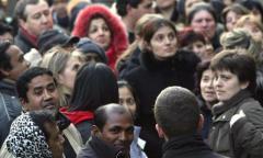 Gli italiani infelici accusano la politica