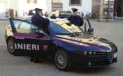 I carabinieri di Viareggio indagano su una rapina con acido muriatico