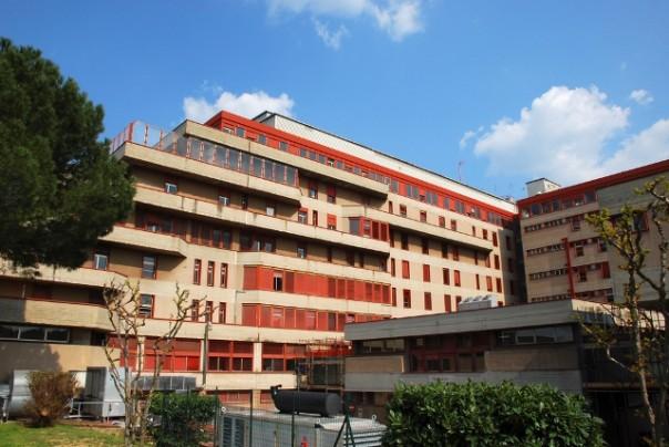 I due elettricisti e l'idraulico denunciati sono in servizio presso l'ospedale di Torregalli