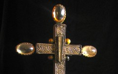 Firenze, recuperato reliquiario della Santa Croce