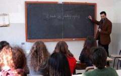 Scuola, Matteo Renzi: «Nuovo concorso per 63.712 insegnanti»