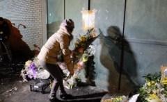 La comunità cinese commemora la tragedia della fabbrica di via Toscana
