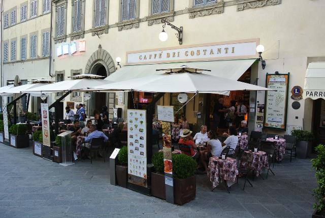 Lo storico Caffè dei Costanti di Arezzo