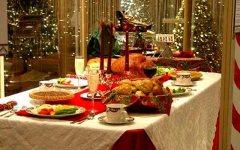 Natale, Confesercenti: il 91% degli italiani festeggia a casa