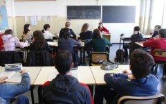 Primo giorno di scuola, ecco le novità: orario lungo, alternanza col lavoro, voti agli insegnanti