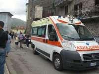Singolare incidente in provincia di Pistoia, ragazzina incastrata tra le porte del bus