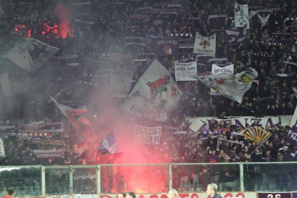 Un tifoso viola ieri è stato arrestato a Torino