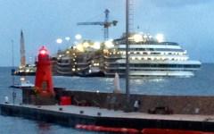 Concordia: «Il mare ha mangiato tutto»
