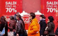 Saldi invernali, a Firenze dal 4 gennaio i maxi sconti