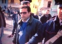 Francesco Schettino stamani sulla banchina di Giglio Porto