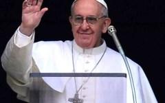 Migranti: Papa Francesco invita ad accogliere, dare la cittadinanza, proteggere, promuovere e integrare