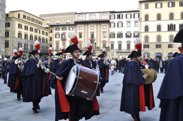 La fanfara della Scuola Marescialli dei Carabinieri si esibisce il 17 marzo in piazza Signoria