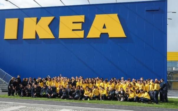 Ikea Folla A Pisa Per Unapertura Attesa 9 Anni