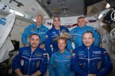 L'equipaggio di Expedition 36 (il primo da sin in alto è il maggiore Luca Parmisano)