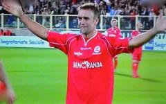 Partita del cuore, Firenze abbraccia Bati, Baggio, Antognoni. Finisce 4-4