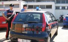 Campi Bisenzio, madre e figlia rapinate: arrestato il palo con la refurtiva