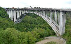 Autostrade: «Le barriere di sicurezza sui viadotti tra Firenze e Bologna sono efficienti»