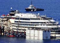 Costa Concordia, di nuovo a galla oggi 14 luglio 2014