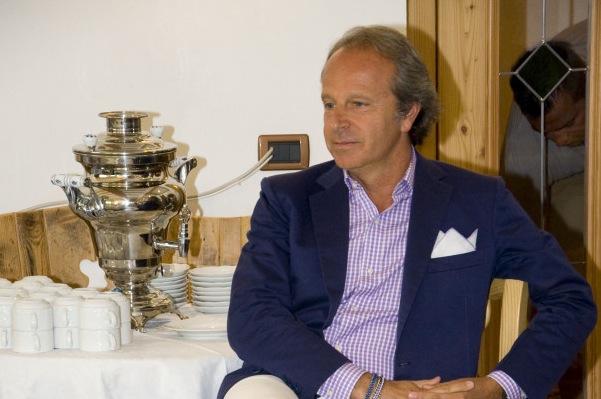 Andrea Della Valle ha regalato a Montella un.. Diamanti