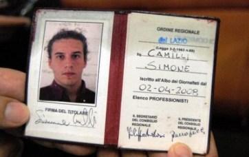 La fototessera di Simone Camilli, ucciso a Gaza. Era giornalista professionista e videoreporter per l' Associated Press