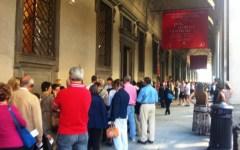 Firenze, Uffizi, Schmidt attacca: «Guerra ai bagarini, ma c'è vuoto norme. Dal 2018 code solo di 15 minuti»
